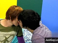 garçons d'emo gais les gays gay gay masturbation twinks vieux et jeune gai