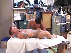 masaj bo dekan eşcinsel