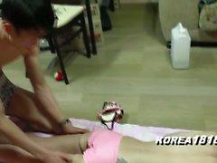 aasialainen korealainen teräväpiirtovideoita pienet rinnat jooga