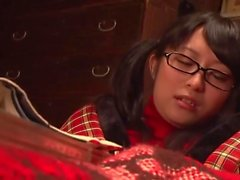 Teen Masturbate With Table Stand And Moaning