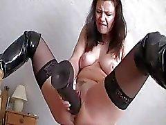 experiencia brutal extremas inserciones vaginales consolador gigante penetración enormes juguetes grandes consoladores enormes