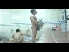 asiatisch homosexuell amateur umkleideraum