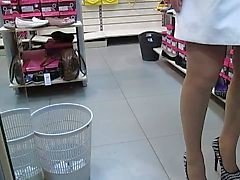 vilkkuu julkinen alastomuus sukat upskirts tirkistelijä