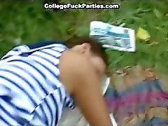 amateur college meisje dronken gangbang
