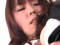 asiático bebé mamada