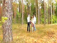 brunette bos hardcore buiten russisch