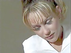 koulutyttö blondi perse - nuolee ajeltu pimppi - syömiseen
