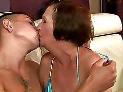 mamies baiser échéance maman
