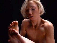 blondine brünett fingersatz hd lesbisch