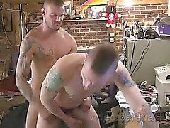 karhut gay daddies gay homojen gay