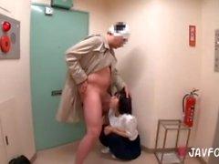 minyon japonya kız öğrenci cumshot miniwoman genç amatör esmer oral seks fetiş
