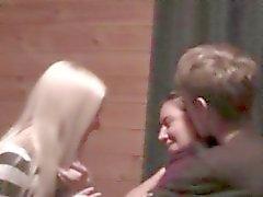 favorable aux femmes missionnaire russe goujon