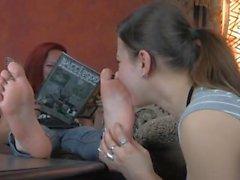 torção garota - com garotas dominante os pés e do escravo