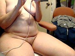 amador peitos grandes peludo