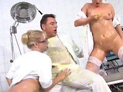 anal bébé gros seins blond pipe