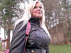 amateur blondes nudité en public