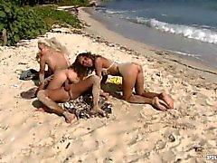 orgia hot fanciulli naturali - tette spiaggia all'aperto