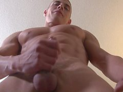 AD Jerry Price Muscle Hunk Cums Three Times
