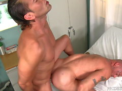 HOT Muscle Hunk Daddy Found An Empty Room Lets Fuck & Hurry!