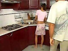 kıç becermeye anne anne anal - karısı mutfak- cinsiyet