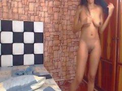 webcam dilettante latino grandi tette naturali colombiano
