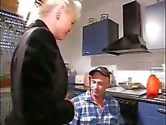 amateur blond pijpbeurt duits