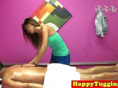 asiatique branlette hd cames cachées massage