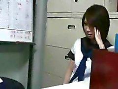 amateur aziatisch brunette