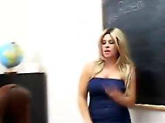 anal rubia colegio lesbiana strapon