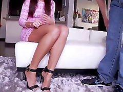 babes brunetit jalka fetissi milfs