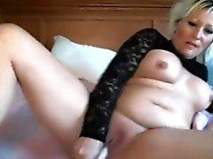dilettante grandi tette biondo masturbazione milf