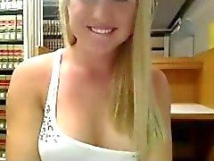 Webcam serie 01 Teen masturbate in library? (Camaster)