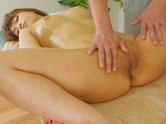 mujeres masturbación clítoris frotando pequeñas tetas pequeñas tetas amateur para las mujeres