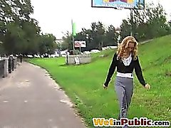 Beauty shocked with her pissing failure