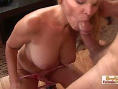 Sexy MILF Has Some Serious Blowjob Skills