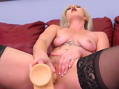 Gorgeous Kay Carter was super excited about her live show