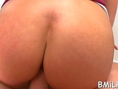 hot cougar bella reese with big natural tits cums on camera