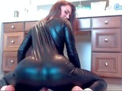 droit webcam godemiché hd latex