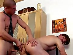 bareback gay pompini gay sborrata in bocca gay