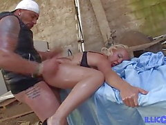 Ayesa Spanish sex bombshell wants to get her ass fucked