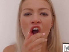Cherry Kiss Gets Her Pretty Asshole Stretched And Fisted