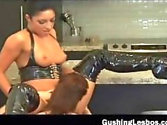 Lesbo babe gets fucked with a glass part4