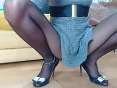 Lady with long legs wearing pantyhose masturbate (New! 14 Dec 2020) - Sunporno