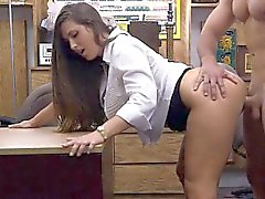 Bubble butt babe pawns twat and pounded in the backroom