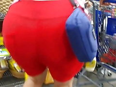 PLumP BuBBLe CHeeKs MaTuRe LaTinA in ReD SHorTs SPanDeX (2)