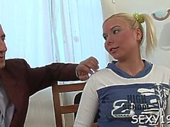 gotporn amateur blondine blowjob teenager
