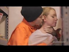 Force Sex in the prison library frtyb uxkc/sexeviolent.wmv